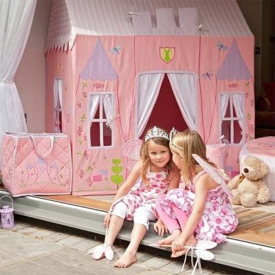 zauberhaft spielzelt prinzessinnen schloss. Black Bedroom Furniture Sets. Home Design Ideas